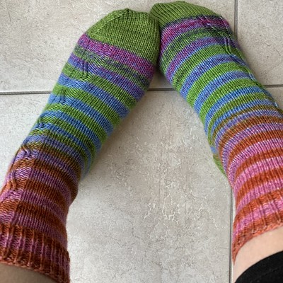 Finished the Zigzagular socks by Susie White knit using Urth Uneek Socks! Heels and toes in SweetGeorgia Tough Love Socks.