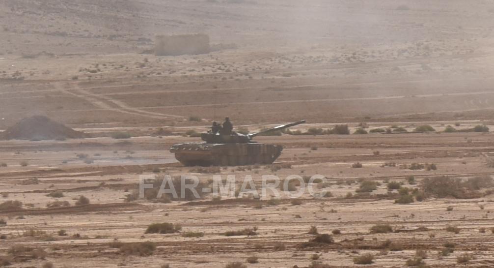 Chars T-72B/BK MArocains // Moroccan Army T-72B/BK Tanks - Page 6 49357764608_b849e3f9e8_o