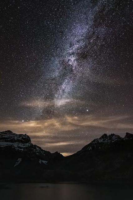 Voie lactée au dessus du lac de Salanfe - Milky Way over the Salanfe Lake