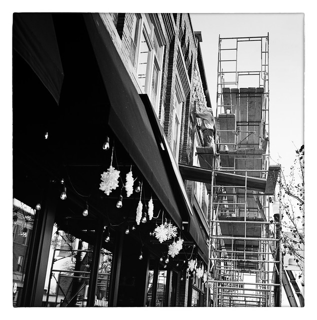 Repairs on a scaffolding