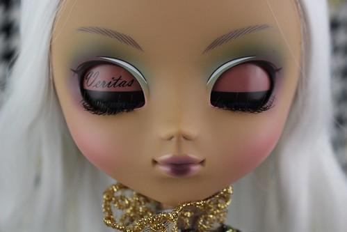 Veritas Limited Edition Closed Eyelids