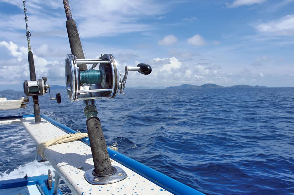 サビキリグでサーフィン釣りの餌をキャッチする方法