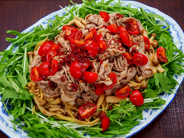 pasta with cooled parboiled pork salad_090120