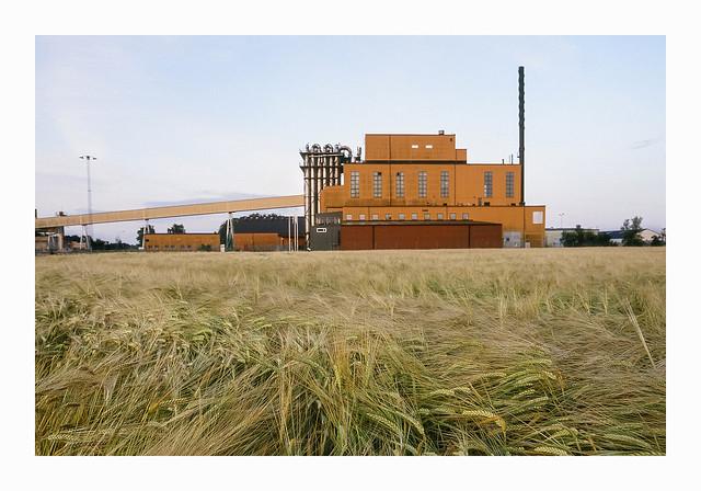 Old Sugar Factory - Fuji Sensia 100
