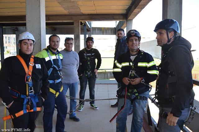 Trabajadores salmantinos participantes de los 2 primeros talleres de PRL impulsados por CONFAES y el Ayuntamiento de Salamanca.