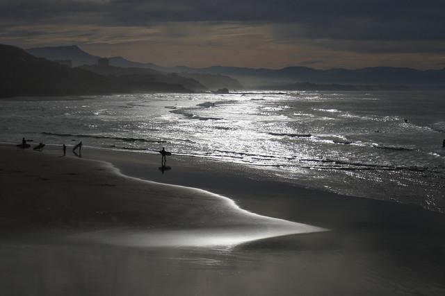 Contre jour sur la plage des Basques, Biarritz, Labourd, Pays basque, Pyrénées-Atlantiques, Nouvelle-Aquitaine, France