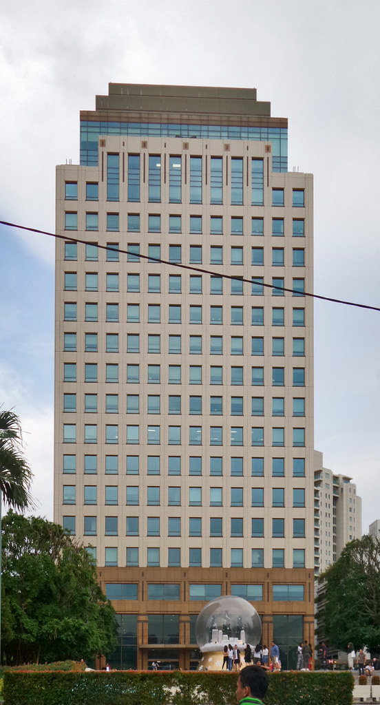 Plaza Senayan Tower I