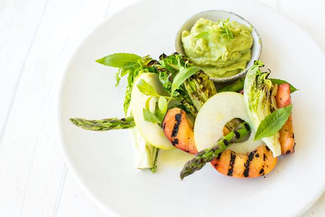 gegrillter-salat-martin-zeißl-noan