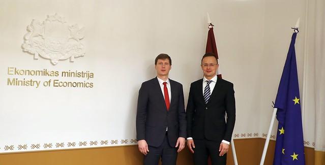 Ekonomikas ministra Ralfa Nemiro tikšanās ar Ungārijas ārlietu un tirdzniecības lietu ministru Pēteru Sījārto (Péter Szijjártó)