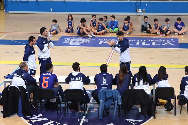 #CANTERACMB |  Clinic a los entrenadores de Pau Vaccaro