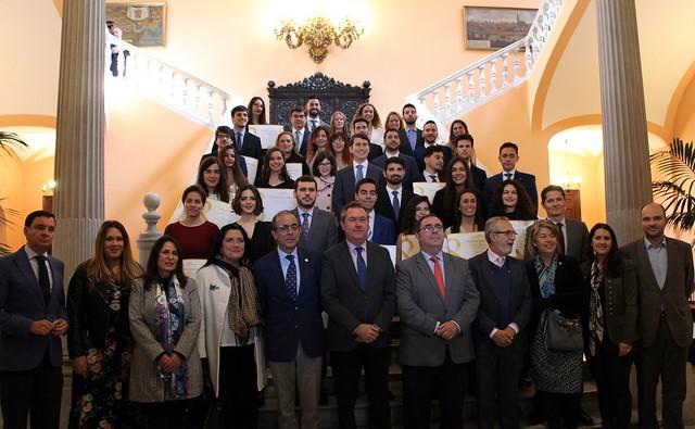 Foto alcalde premios universitarios
