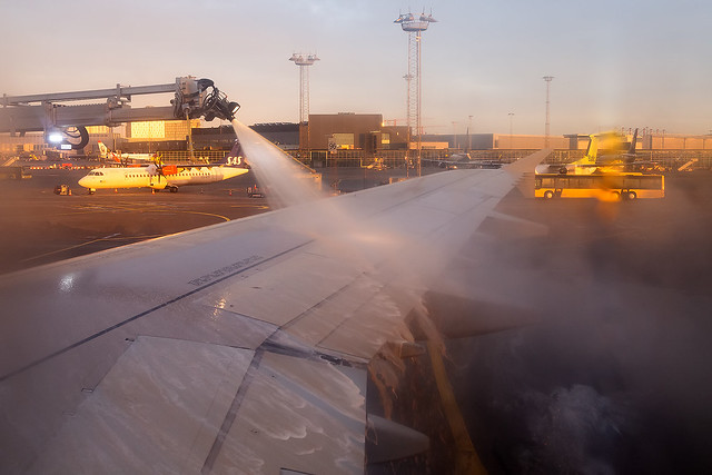 OY-RUU Danish Air Transport A321 Deicing in Copenhagen