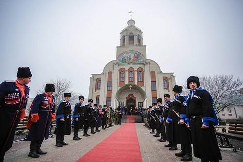 10 января 2020, Митрополит Кирилл возглавил Литургию в храме Рождества Христова п. Рыздвяный