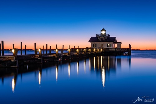 manteo outerbanks roanokeisland lighthouse sunrise scenic obx shallowbagbay northcarolina nc ocean coast coastal landscapephotography eastcoast nikon d750