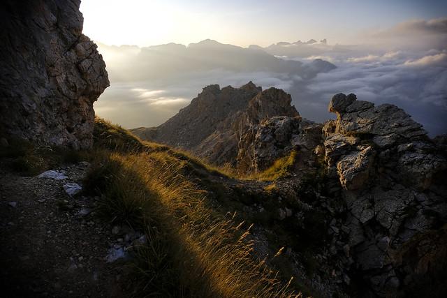 Rosengarten – Fassatal – Val di Fassa – Sonnenaufgang über den Wolken – Sunrise above the clouds