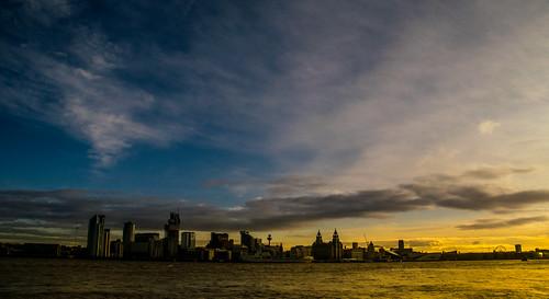 england newbrighton britain europe liverbuilding mersey merseyside river wallart waterfront wirral ©2019tonysherratt 20191215114442 seacombe sky clouds sunrise dawn