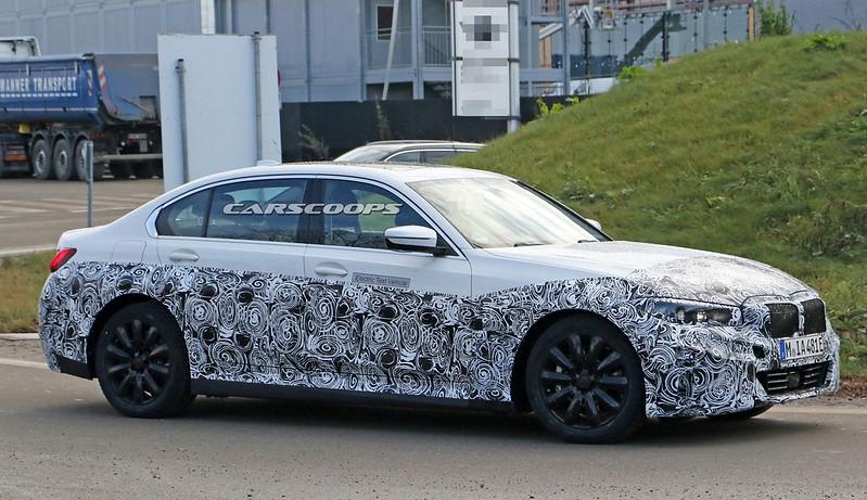 2021-BMW-3-Series-EV-5