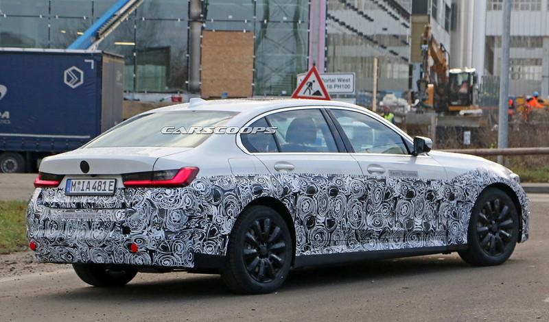 2021-BMW-3-Series-EV-9