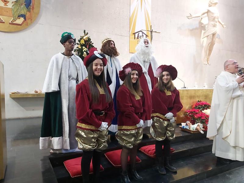 Visita de SS.MM. Los Reyes Magos de Oriente a la Parroquia Ene 2020