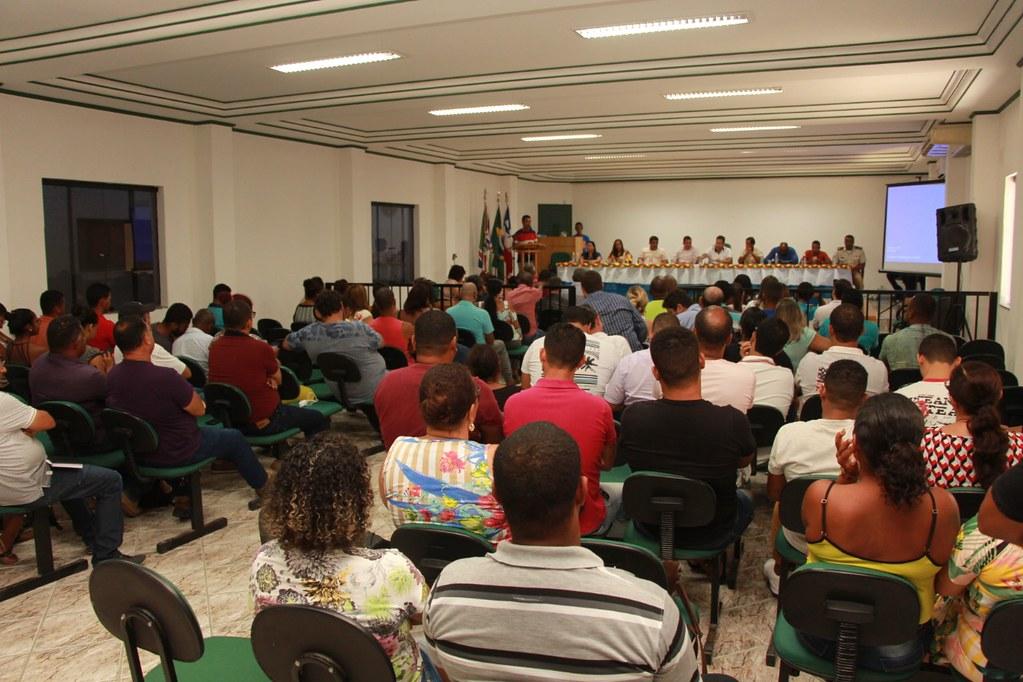 Plenário da Câmara Municipal de Vereadores, durante o anúncio do pacote de obras do município de Alcobaça (2)