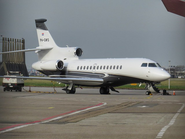 Brand new Exxaero Dassault Falcon F7X (PH-GWS) straight from Little Rock (AR)