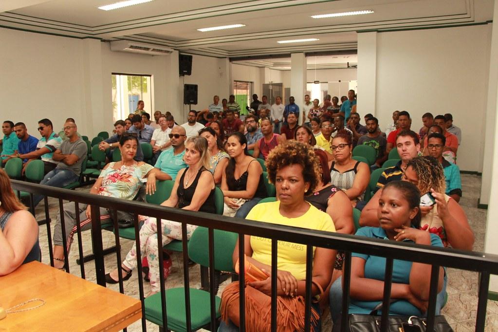 Plenário da Câmara Municipal de Vereadores, durante o anúncio do pacote de obras do município de Alcobaça (1)