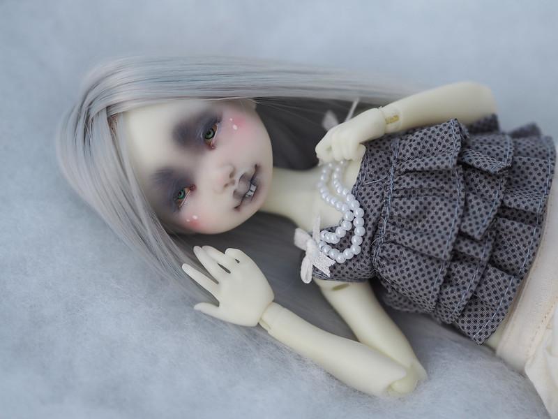 [VEND] Dust of Dolls Appi Lunn 49367978993_28e1674b2c_c