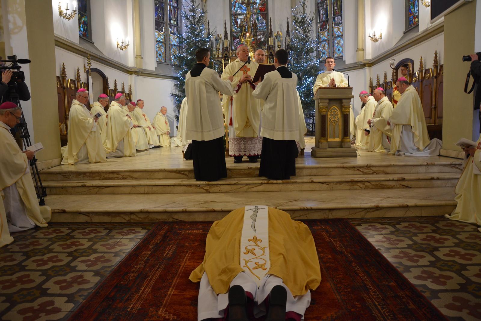 Święcenia biskupie ks. Adriana Galbasa SAC - Ełk, 11 I 2020 r.