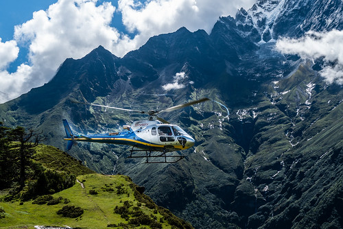 airbushelicoptersh125 airbus helicopter leica q2 nepal airdynasty himalaya