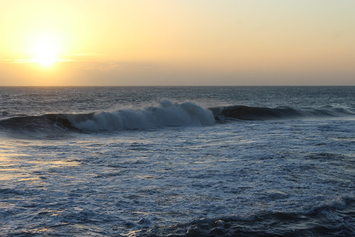 sunset dusk sun caribbean caribbeanocean jakesresort treasurebeach jamaica water ocean
