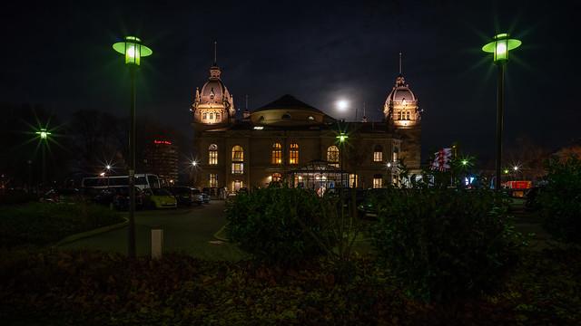 Stadthalle @ Night (1)