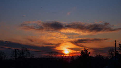 smack53 sunrise sunshine morning morningsky sky clouds cloudy cloudysky earlymorning winter wintertime winterseason boonton newjersey nikon coolpix p7000 nikonp7000 nikoncoolpixp7000 paintedsky