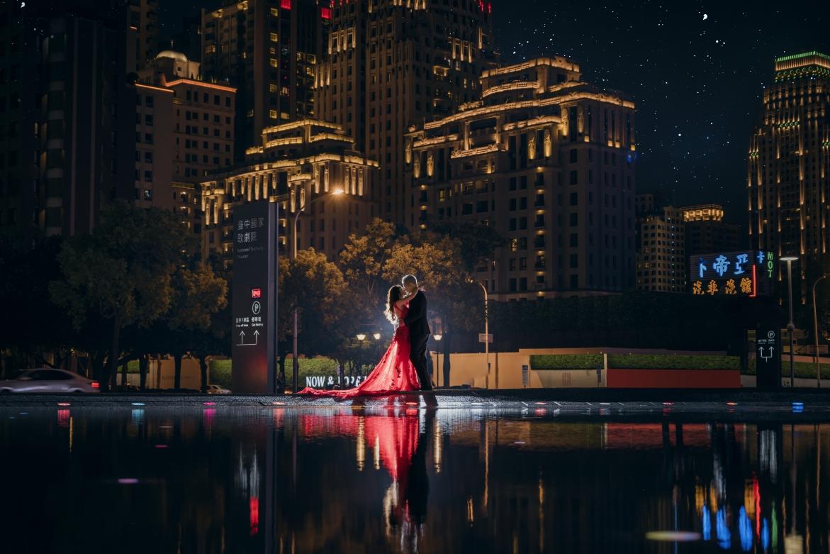#華納婚紗 #台灣婚紗 #浪漫 #台中婚紗 #婚紗推薦 #婚紗攝影 #北部婚紗推薦 #桃園婚紗 #中部婚紗 #中部婚紗推薦 #taichungwedding #taiwanwedding #weddingphotography #weddingphoto  #like4likes #夜景婚紗 #台中歌劇院 #中部婚紗拍攝景點 #星空