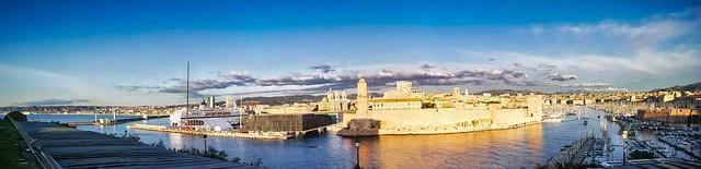 Marseille panorama du Mucem et du port -IMG_20191116_161843