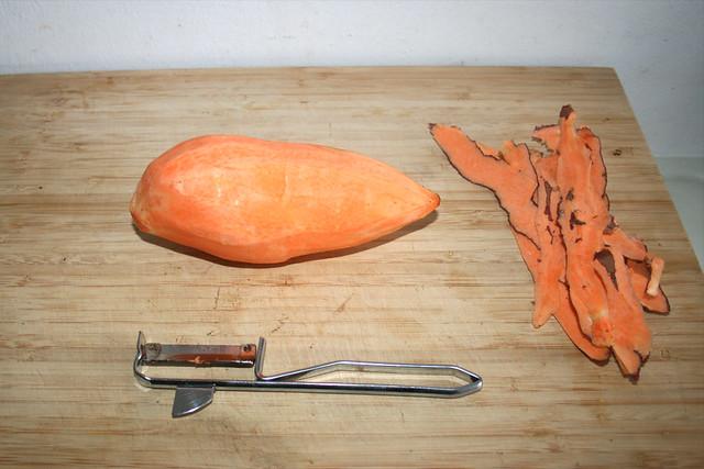 11 - Süßkartoffel schälen / Peel sweet potato