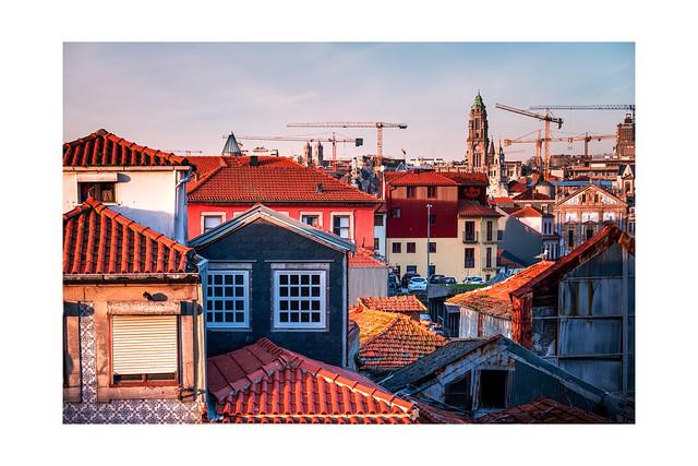 F3589 ~ The colours of Porto