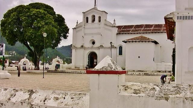 MEXICO, Zinacantán, San Lorenzo- Kirche,  19441/12264