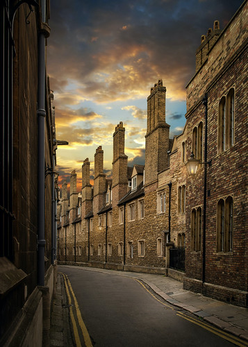 cambridge trinity chimney sky brick old street lane lines sunset clouds road buildings pipes college town city trinityln cambridgecb21tj england