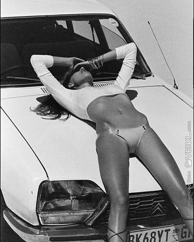 Citroen GS Girls & Cars Photo