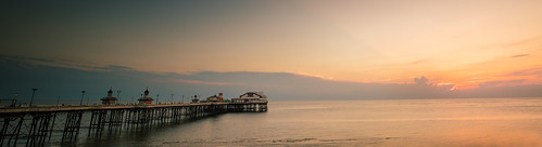 blackpoolnorthpier northpier blackpool north pier piers sun sunset set beach sea seaside coast coastal golden hour sunrise rise landscape seascape land scape pretty pritty beautiful fylde lancashire england english british european tourism heritage summer summertime time happy local fyldecoast west northwest nw scene scenic lovely 4k 8 8k uhd stock free public domain creative commons zero o hires large big pic picture photo phtograph michaeldbeckwith michael d beckwith shores shore pp3790