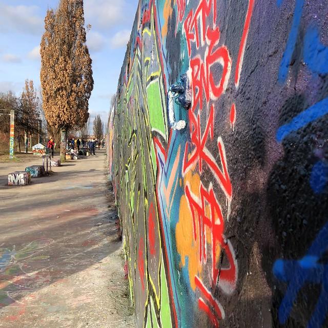 Mauerpark graffiti II