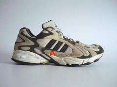 1999 VINTAGE ADIDAS SAVAGE TRAIL RUNNING SPORT SHOES