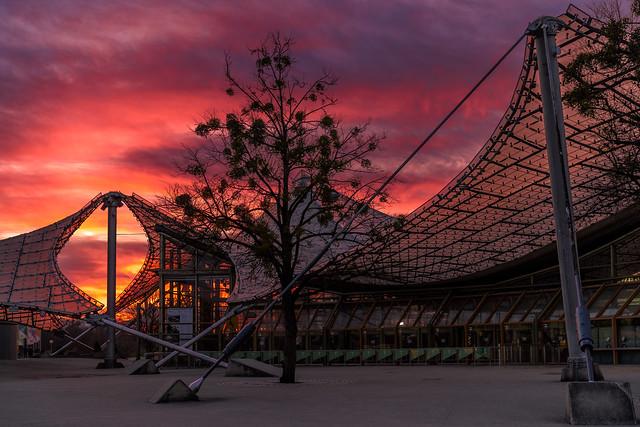 Sonnenuntergang im Olympiapark München