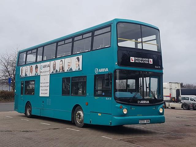Preserved - Arriva London DLA33, S233JUA | Thurrock Services