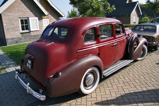 Buick Special Touring Sedan 1937 (6879)