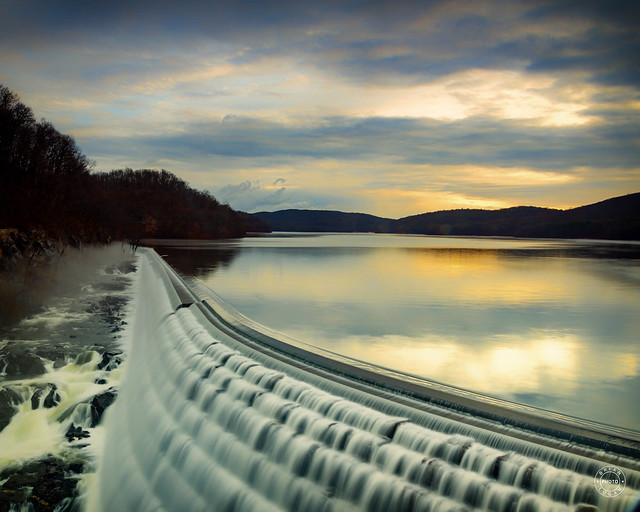 Early morning view of the Croton Dam