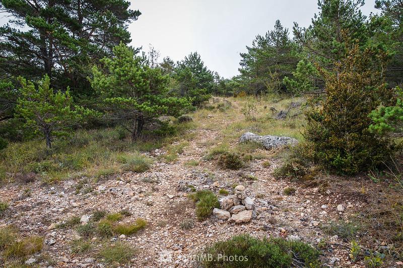 Desvío a la derecha cerca de la Roca del Marçà