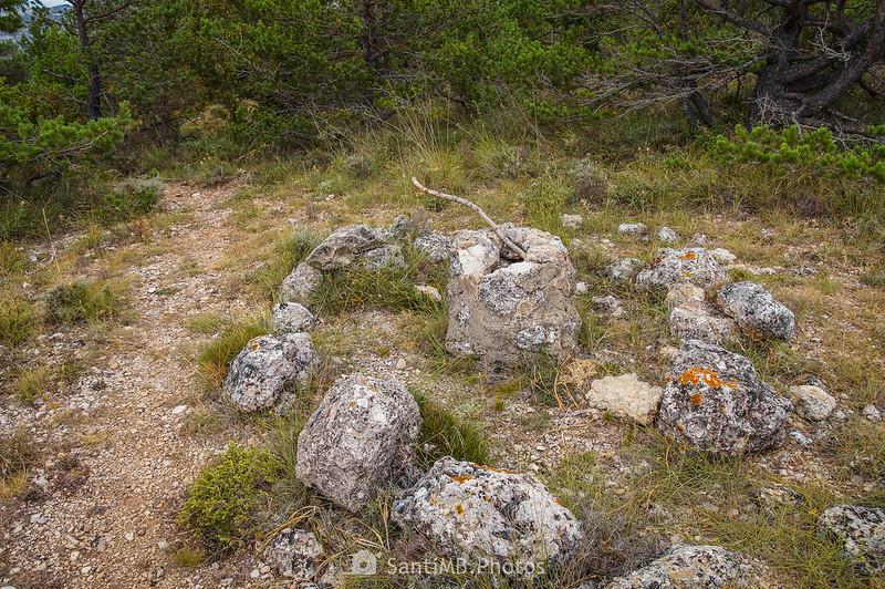 Extraño montón de piedras en los Plans del Panxó cerca de la Roca del Marçà