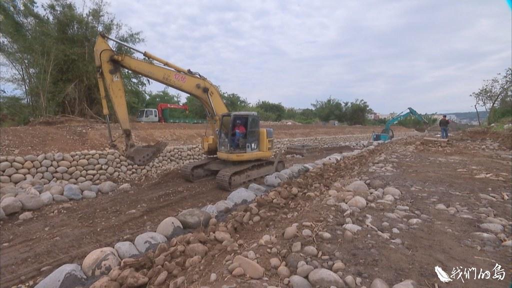 台中市南勢溪整治過程,破壞南海溪蟹棲地引發爭議。