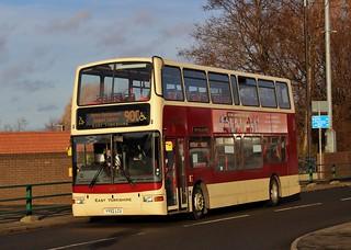 East Yorkshire: 677 / YY52 LCU